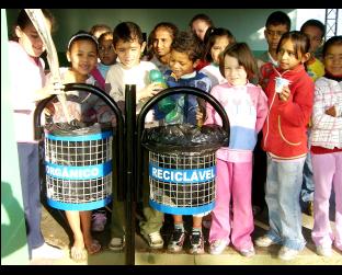 Treinamento de separação adequado de resíduos